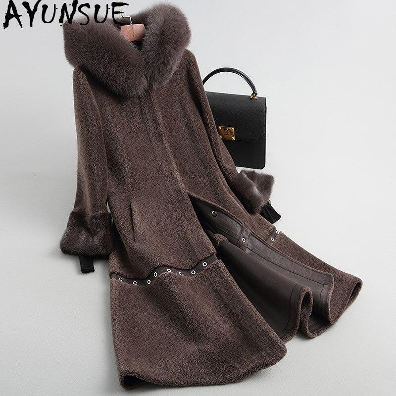 Abrigo para mujer oveja Esquilada hembra con cuello de piel