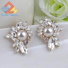 2019 New Women's Fashion Wings Earrings Rhinestone Pearl Sweet Metal Leaf Stud Earrings For Girl sweet faux pearl leaf anklet for women