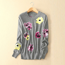 Women's embroidery flower decor pullover sweater 100% pure cashmere with long sleeves O-neck