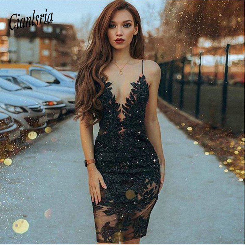 Mermaid Spaghetti Straps Cooktail Dresses  Black Beaded Short Prom Dress With Lace Homecoming Dresses