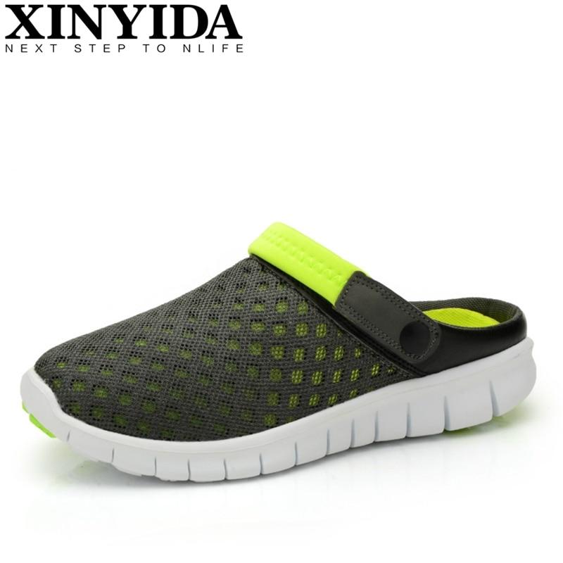 새로운 여름 커플 통기성 레트로 방해물 샌들 새로운 여성의 편안한 홀 플립 플롭 샌들 신발 도매 및 소매