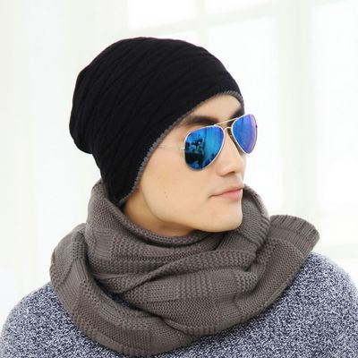 Skullies Men Autumn and Winter Knitting Wool Outdoor Fashion Thick Plus Cashmere Warm Ear Protection Head Hat Adult Wild male skullies