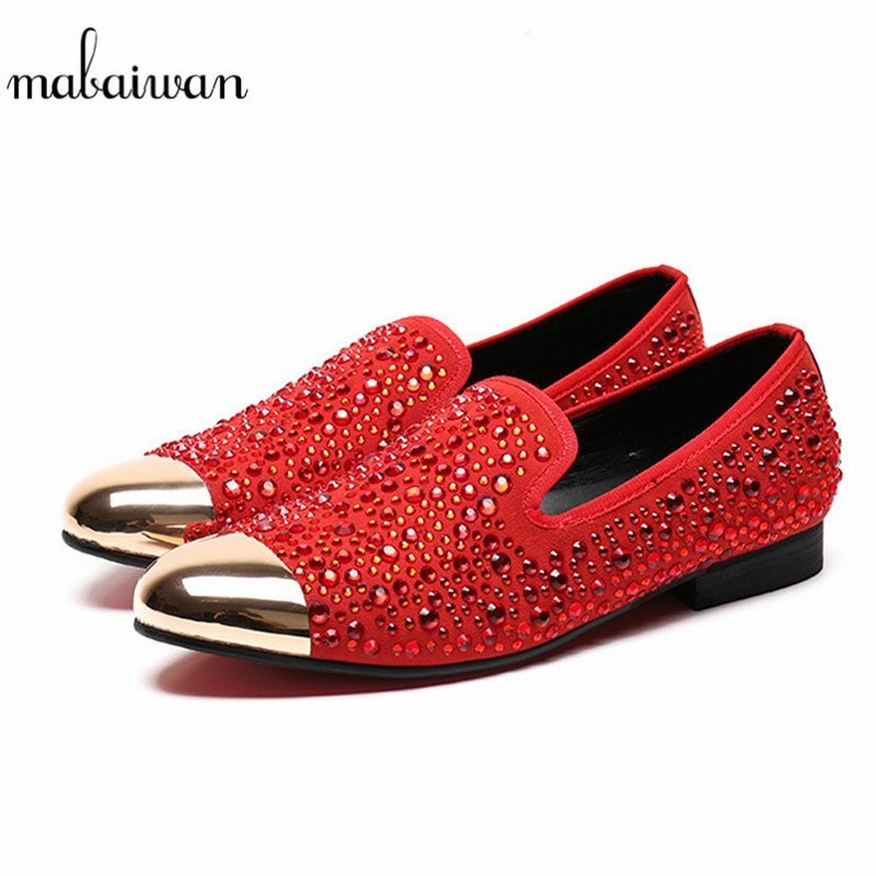 Mabaiwan 2018 Fashion Casual Men Shoes Suede Loafers Red Crystal Slipper Wedding Dress Shoes Men Gold Pointed Toe Party Flats