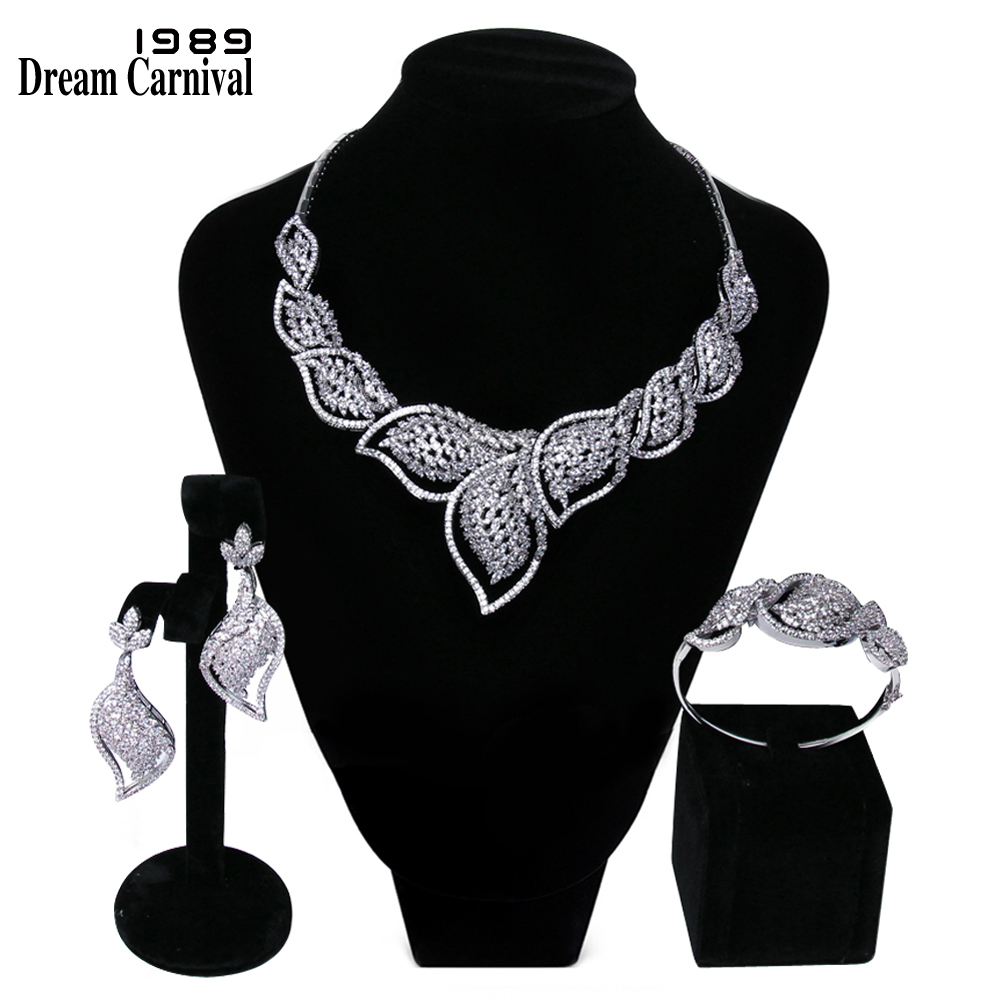 DreamCarnival 1989 Luxury Elegant White Cubic Zirconia Top Quality Wedding Jewelry Bride 3 pieces Set for