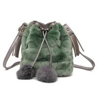 Luxe designer winter vrouwen tassen mode Velours vrouwelijke string emmer tassen sweet meisje hairballs messenger/schoudertassen