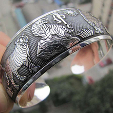 Women Vintage Jewelry Gift Tibetan Silver Color Tiger Totem Open Bangle Cuff Bracelet