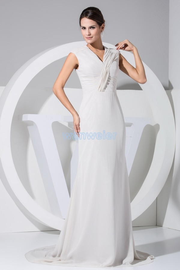 9ccad83ed Envío gratis nuevo diseño largo con cuello en v manga cap vestido de  encargo gasa pequeño tren blanco noche de las mujeres de la madre de la  novia vestido