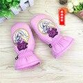 Children 's Gloves Girls thickening plus velvet warm winter waterproof cartoon princess baby playing snow gloves pink 3-5ages