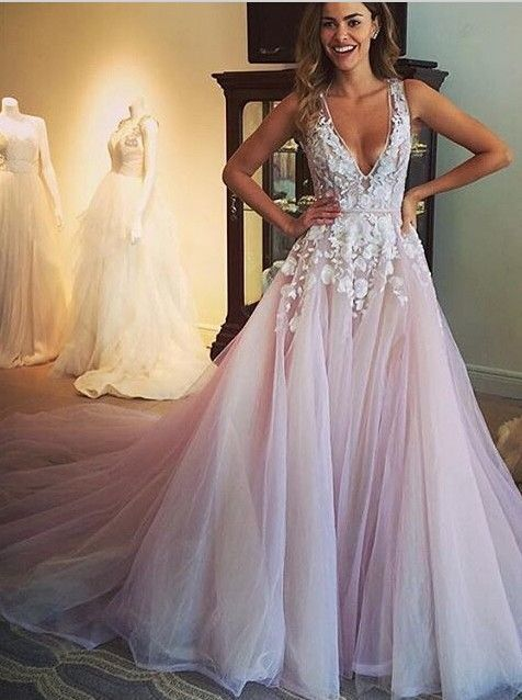 Beautiful Wedding Gowns Flowers Lace V-Neck Tulle Light Purple Sexy Bridal  Wedding Dress 2016 bee9ff56b53d