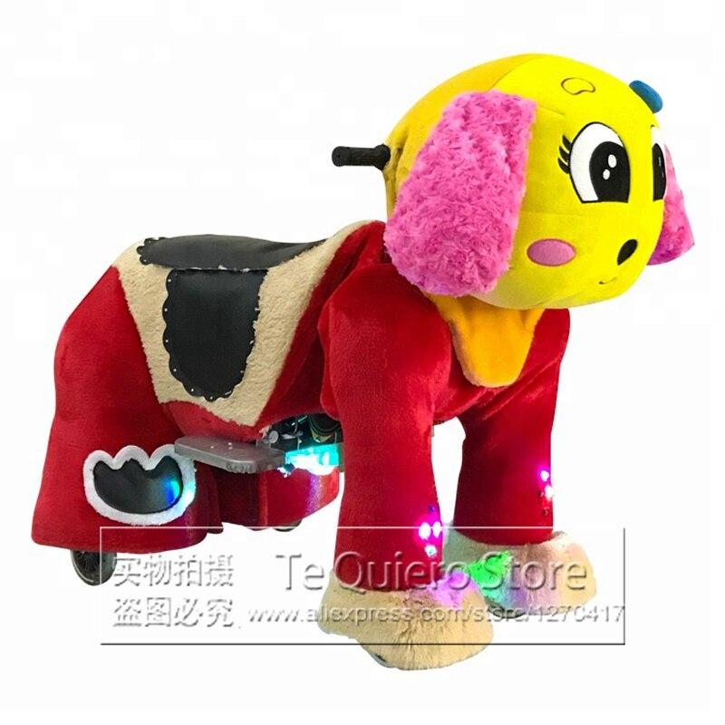 Les enfants de voiture électrique de dispositifs d'équipement de jeu d'intérieur montent sur des jouets d'animaux