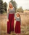 Hermoso Vestido de Trajes A Juego de La Familia Mamá Y Las Niñas Rayas Detalles Familia Ropa Desgaste Elegante Vestido Del Otoño Del Resorte