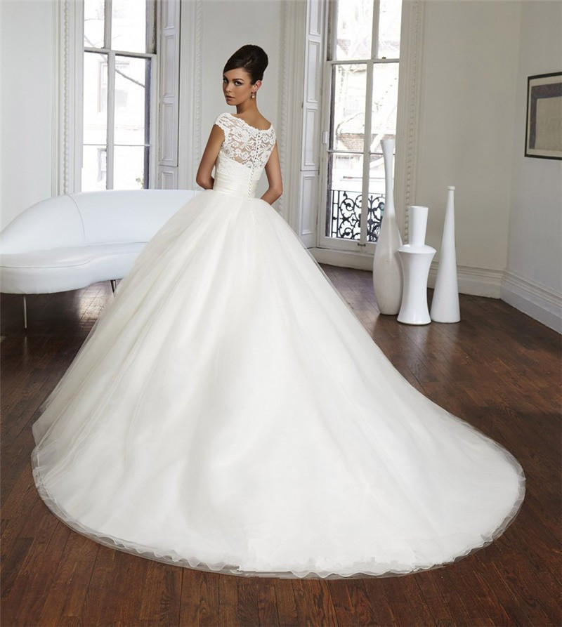 Luxury Sexy Goddess Tulle White Ball Gown Wedding Dress 2017