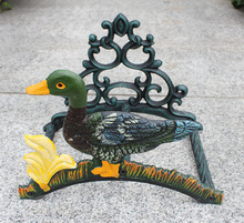Garden Hose Holder Wrought Iron Decorative Duck Reel Hanger Country Rural Wall Mounted Antique Outdoor Courtyard Cottage