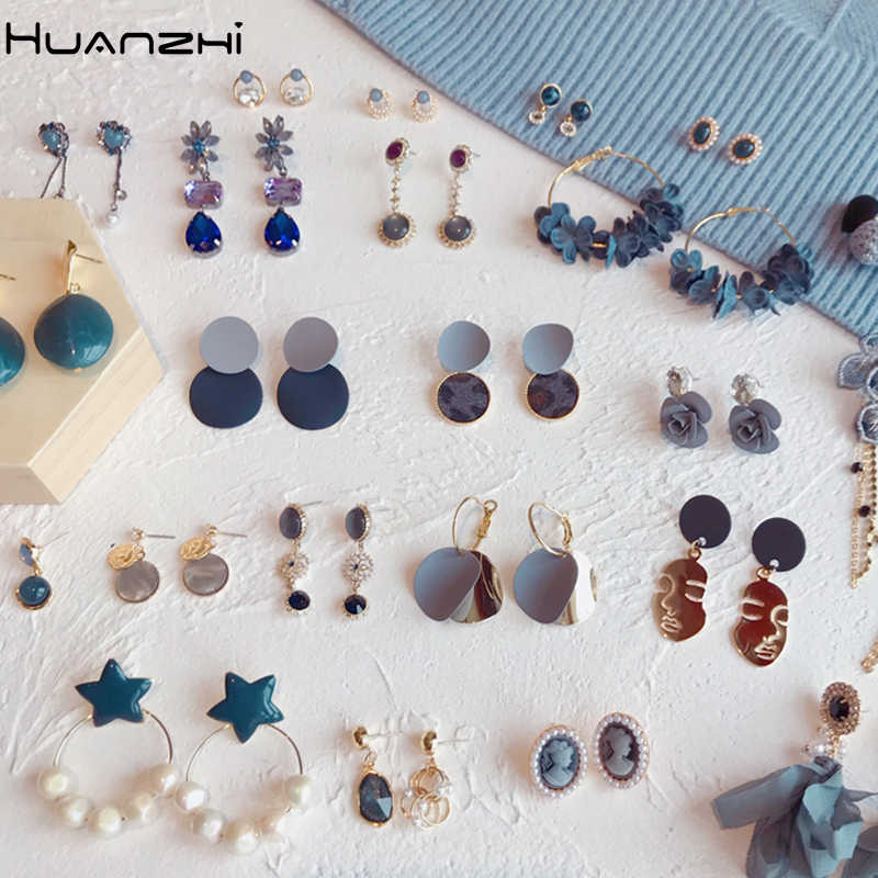 HUANZHI 2019 New Gray Blue Acetate Geometric Human Face Crystal Rhinestone Flower Long Drop Earrings Set for Women Party Jewelry
