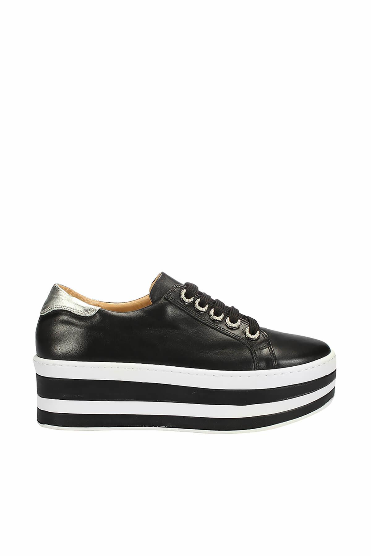 Pearl Genuine Leather Black Women 'S Classic Shoes 120130006605 title=