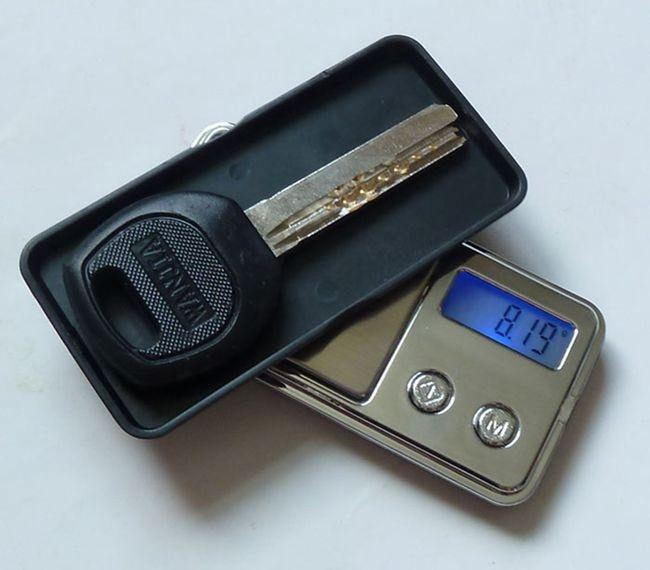 najmniejsza na świecie elektroniczna waga kieszonkowa Mini 100g x - Przyrządy pomiarowe - Zdjęcie 4