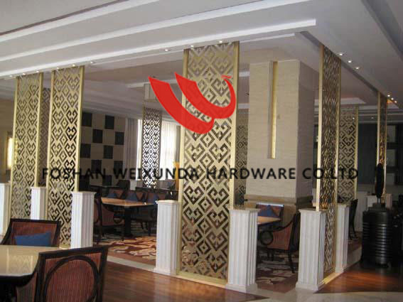 Classical custom built golden decorative stainless steel room screen