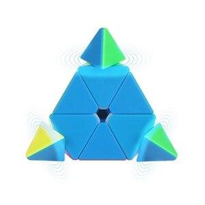 Image 2 - 3X3X3 משולש פירמידת קסם מקצועי מהירות משחק קוביות כיף חינוכיים צעצוע מתנות לילדים ילדים