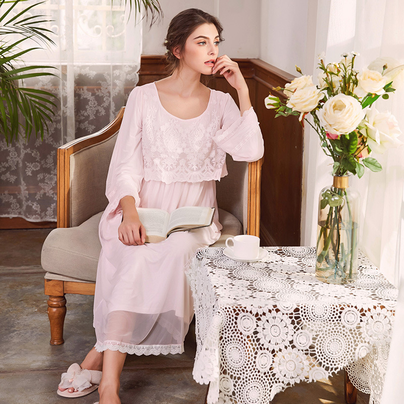 2018 New French style Autumn Nightdress Court Nightgown Women's Nightwear Lace Long Pregnant Sleepwear Dress Pink/White 103#