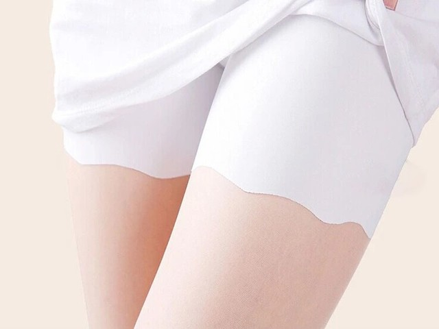 100PCS/LOT Nice Summer Seamless Safe Short Underpants for Women Smooth Silky Underwear Great Elasticity free size safety pants