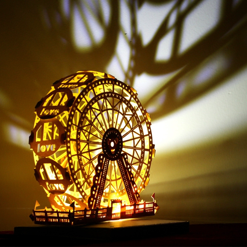 Paper carving art, hand-assembled, the most romantic Ferris wheel light