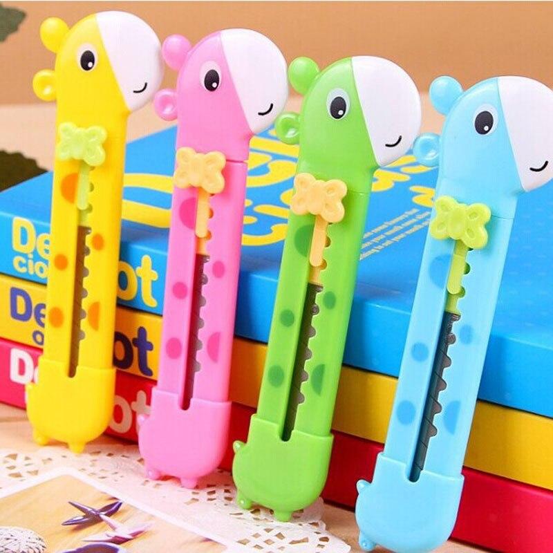 Stationery 2pcs Mini Cute Utility Knife Giraffe Shape Box Cutter Paper Cutting Blade School Office Supplies(Random Color)