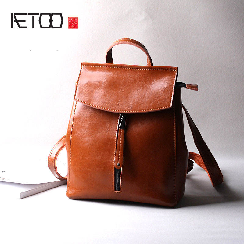 AETOO New fashion oil wax cowhide leather backpack women shoulder bag  casual leather flip backpack bag aetoo new leather women backpack cowhide retro shoulder bag fashion travel backpack lady bag embossed bag