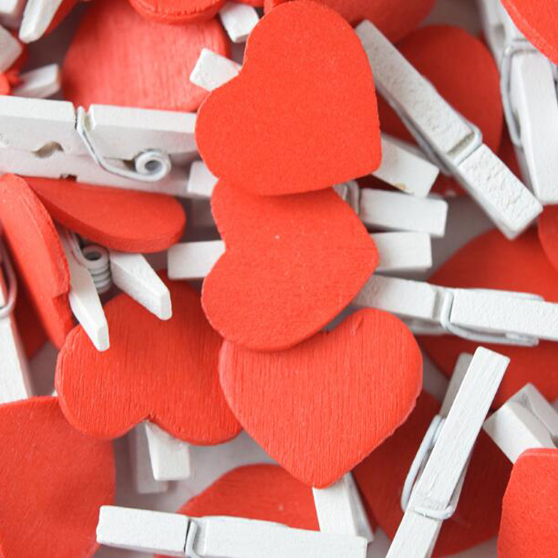 100pcs/lot Mini Red Heart Love Wooden Clothes Photo Paper Peg Pin Clothespin  Postcard Clips Home Crafts Stationery Papelaria