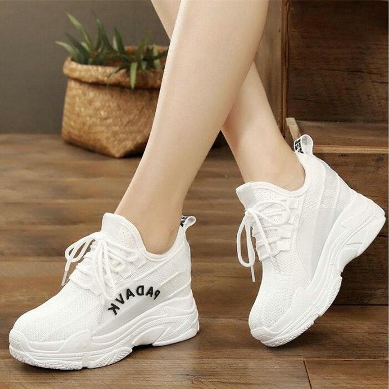 2019 White Trendy Shoes Women Flats