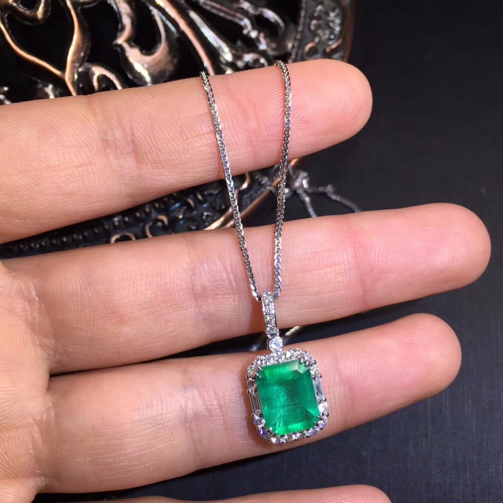 CQT Fine Jewelry Certificate Real 18K White Gold AU750 Natural Green Emerald 1.23ct Gemstones Pendants for Women Fine NecklaceCQT Fine Jewelry Certificate Real 18K White Gold AU750 Natural Green Emerald 1.23ct Gemstones Pendants for Women Fine Necklace