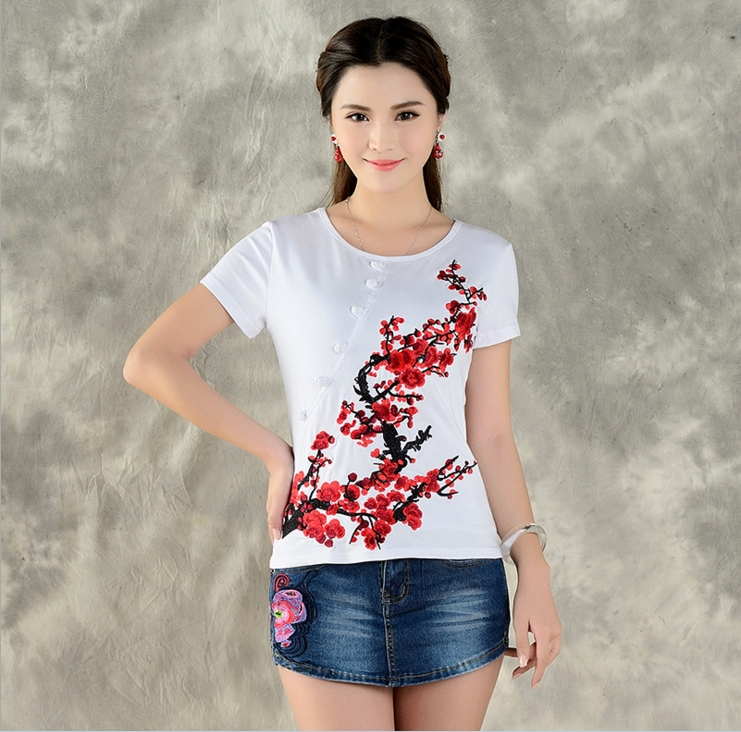 National wind 2017 spring and summer new embroidery Slim cotton short sleeved T shirt female