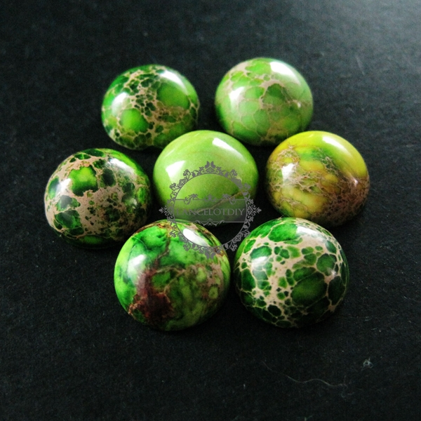 Top 12mm round grass green imperial stone cabochon beads pendant  OT66