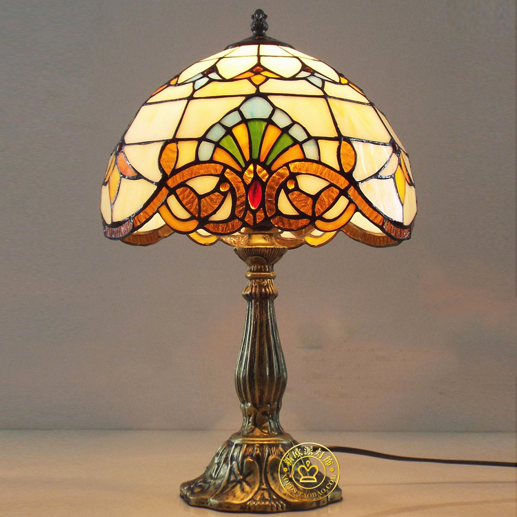 Ou tiffany art glass lamp The study of bedroom the head of a bed lamp The baroque American retro decoration lamp kickass kuties the art of lisa petrucci