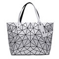 Casual Laser Women Tote Bags Dazzle Color Plaid Female Fold Handbag Lady Sequins Patchwork Quilted Hologram Bag FI