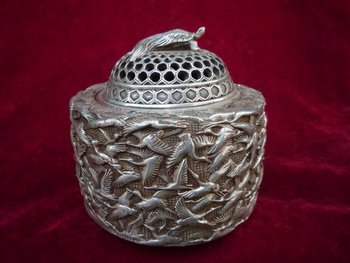 Collectable Ming Dynasty (xuan de1426-1438)Silver Hundred crane Incense Stove\Censer,Decoration,Free Shipping