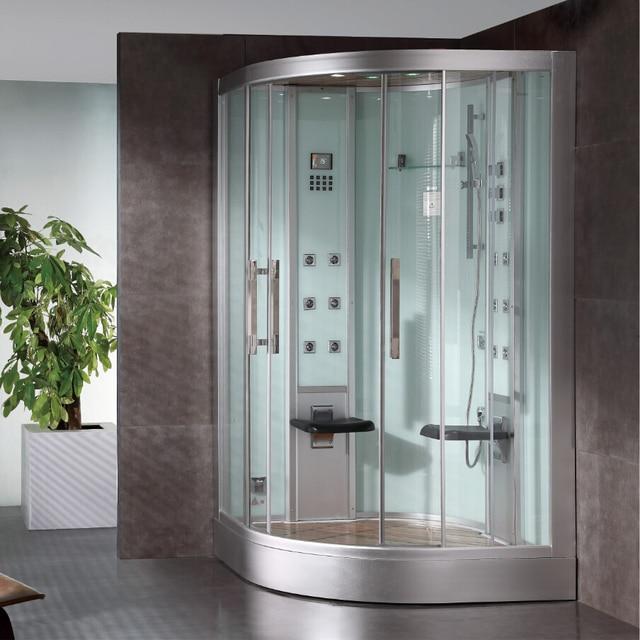 Luxus badezimmer mit whirlpool for Neue badezimmer design