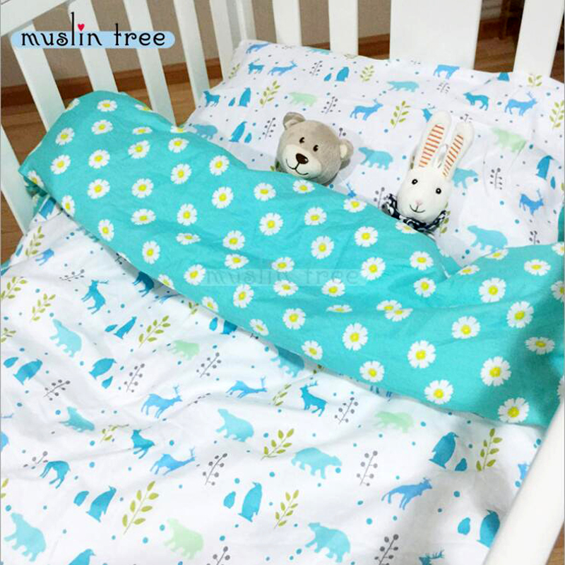 free shipping 100% cotton 3 pcs Daisy pattern baby crib bedding set include pillowcase + bed sheet + duvet cover without filler chic tropical plants and toucan pattern flax pillowcase without pillow inner