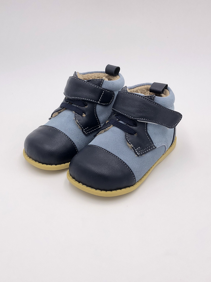 da1398b10d214 US $17.07 39% OFF|TipsieToes Brand High Quality Leather Stitching Kids  Children Soft Boots School Shoes For Boys 2019 Autumn Winter 21403 Fashion  -in ...
