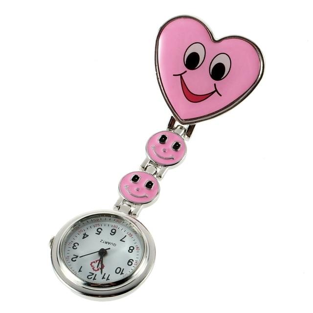 c6a27330b3e Rosa da Forma Do Coração Vermelho Fob Relógio de Bolso Pin Broche Sorriso  Bonito Rosto Nurse