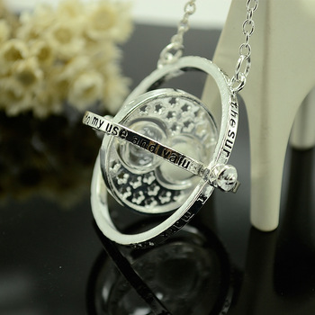 30 funnel Multi-layer circle rotation necklace Geometric round Hourglass converter Double circle Time  Potter Necklace