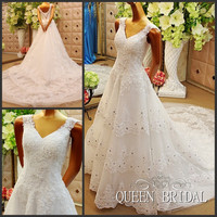 ODM Wedding Gowns A Line V Neck Beaded Wedding Dress Lace Applique Sequins Long Train Bride