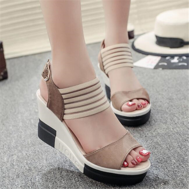 New Platform Sandals 2019 Fashion Women Sandal Wedges Shoes Leopard Casual Woman Peep Toe Platform Sandals in Middle Heels from Shoes