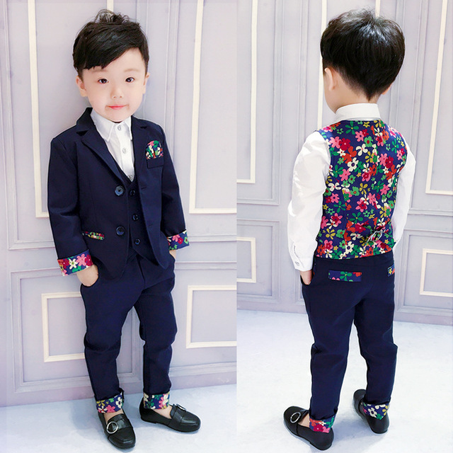 bea2fefd76 Retail One Set Floral Baby Suit Blazers pant vest Shirt 4parts Fashion Show  Child Costume Slim boy clothing set 2 to 10 Years-in Suits from Mother    Kids on ...