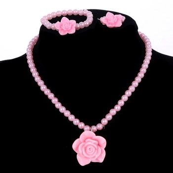Dziewczyny różowy naszyjnik z imitacji pereł kwiat z żywicy wisiorek Choker naszyjnik bransoletka pierścionek zestawy biżuterii tanie ceny biżuteria dla dzieci tanie i dobre opinie ZOSHI PLANT 3 pcs set Rocznica F494 Pearl Symulowane perłowej Naszyjnik kolczyki Ze stopu cynku Moda TRENDY
