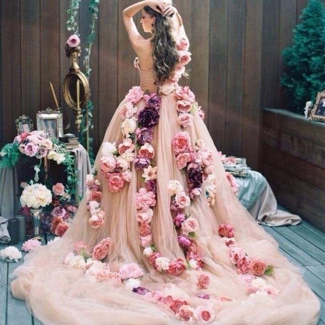 Luxury 3D Floral Wedding Dress 2017 Couture Handmade Flower Chapel Train  Bridal Gown Vestido Longo Wedding Gown Robe De Mariage d8941d9d5a4f
