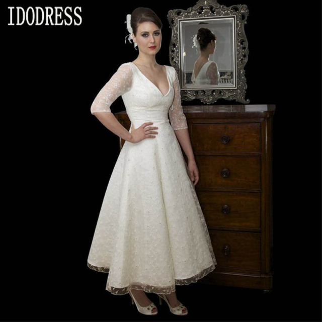 V neckline white dress up