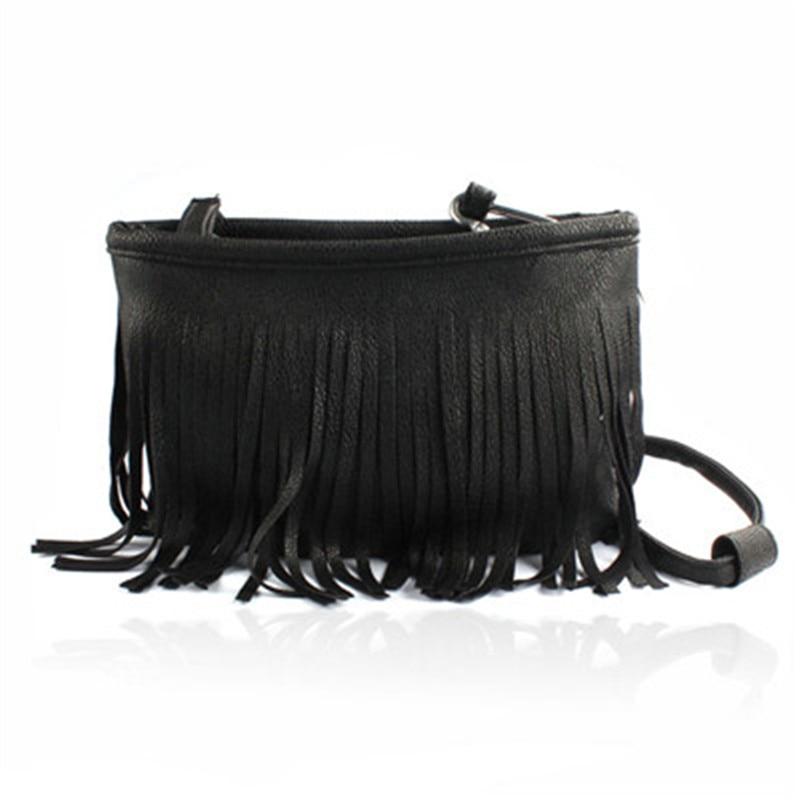 цена  shoulder bag women crossbody Hot Tassel Clutch Baguette Handbag Women leather Satchel Girl small  Totes 2017 Black White Brown  онлайн в 2017 году