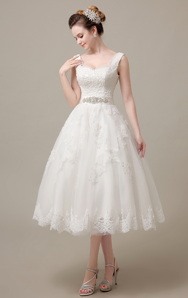 Ivory Wedding Dresses Tea Length 2019 Beaded Pearls Lace Ball Gown
