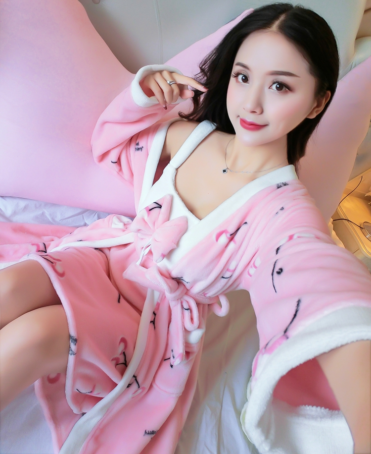 2PCS Sexy Thick Warm Flannel Robes Sets for Women 2018 Winter Coral Velvet Lingerie Night Dress Bathrobe Two Piece Set Nightgown 272
