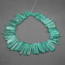 Cristal de cuarzo verde Natural puntos, cristal de cuarzo en bruto tapa perforaron curación Stick cuentas de collar colgante